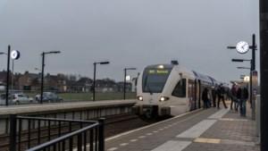 Met een rolstoel de trein in; op de Maaslijn is het lang niet altijd mogelijk