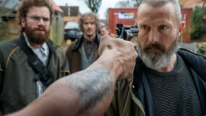 Mads Mikkelsen voor 'Riders of Justice' weer even thuis: 'Filmen  in Denemarken is echt thuiskomen'